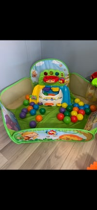 Ball pit toy