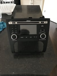 Mint Condition Bose Stereo deck from Nissan Altima Coupe S