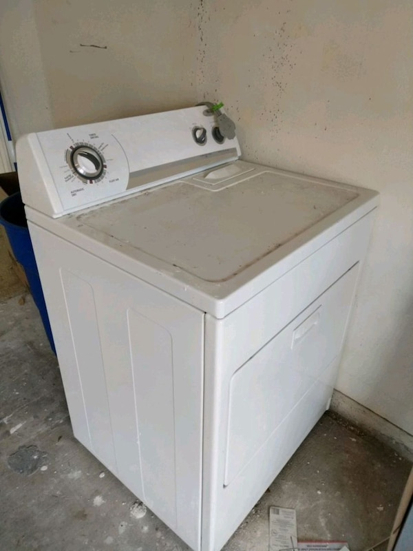 Whirlpool - white front load clothes dryer
