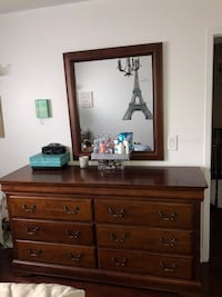 Large Solid Wooden Dresser and Mirror. SERIOUS ENQUIRIES ONLY!  Brampton, L6T 4W5
