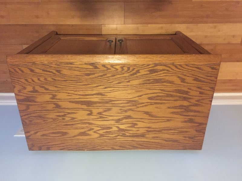 Solid wood storage cubicle/ TV stand entertainment center or mini bar 93be533e-8f8a-4d33-ac79-95629458d8cd
