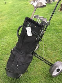Men's right handed golf clubs and bag-new price Delhi