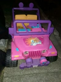 Barbie Jeep ride on  Toms River, 08753