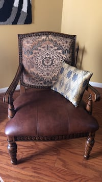 Brown wooden framed brown padded armchair Bowie, 20721