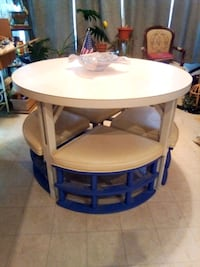 Vintage table with 4 wedge-shaped chairs Olney, 20832