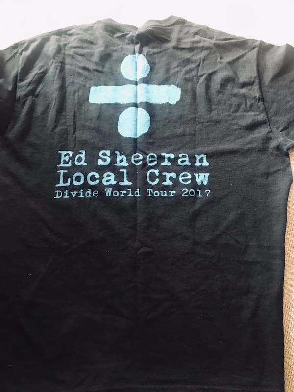 Ed Sheehan  2017 world tour black T shirt 7c69fcfd-2162-4780-adb7-d34b65c2a2b2
