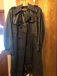 Vintage 100% leather coat made in Brazil