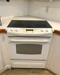 GE Profile oven with flat glass top stove Fort Lauderdale, 33308