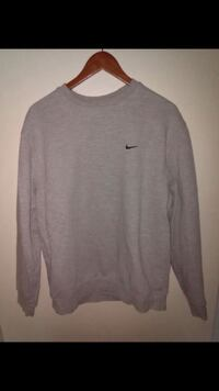 gray Nike crew-neck sweatshirt Rowland Heights, 91748