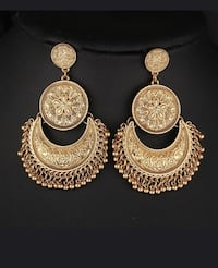 Brand new gold plated earrings Lake Elsinore, 92532