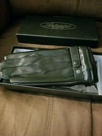 His and Hers Black Leather Gloves Set
