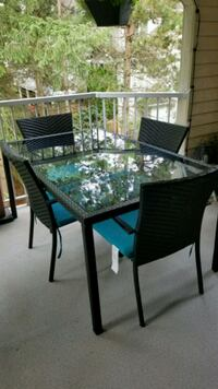 Patio table with 4 chairs Langley, V3A 3Z3