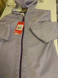 New girls extra large 1416 North Face hoodie Spokane, 99208