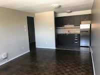 Open concept 1 bedroom apartment available now!