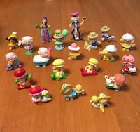 Vintage strawberry shortcake pvc mini figures Niagara Falls, L2H 1X3