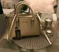 """Guess"" Gold Handbag 6223 km"