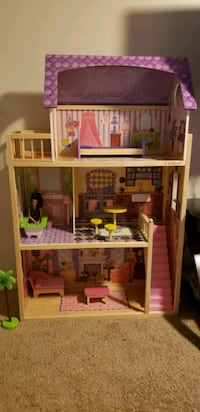 Doll house Germantown, 20874