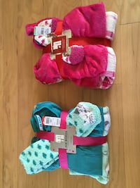 Pajama sets- size medium- cats and pink plaid Miller Place, 11764