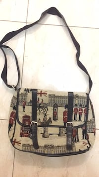 British pattern shoulder bag  Vancouver, V5K 3E1