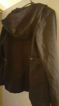 Men's peacoat, with hood. Excellent condition  Keizer, 97303