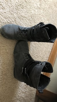 Pair of women's black leather mid-calf lace-up boots size 7 Saskatoon, S7K 2N7