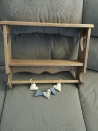 Country vintage looking wooden shelf with hearts Parkville, 21234