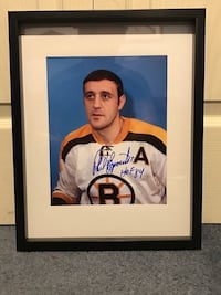 Phil Esposito signed and framed photo  Châteauguay, J6K