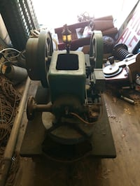 Antique Hit and Miss 3 hp Witte motor with wagon.