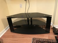 TV stand with tempered glass  Vaughan, L4H 3P8