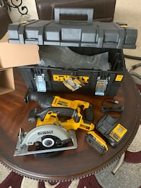 Dewalt 20-Volt MAX Lithium-Ion Cordless Circular and Reciprocating Saws Combo Kit (2-Tool) with ToughSystem Case Woodridge, 60517