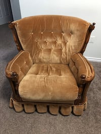 Antique Sofa with 2 rocking chairs Edmonton, T5T 7H1