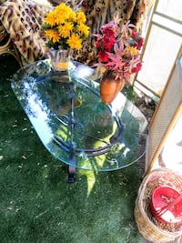 "Cit Hgts: Metal Coffee Table Oval.16"" tall; 48"" l  Citrus Heights, 95610"