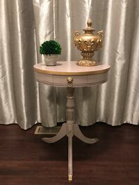 Duncan phyfe refinished vintage table Wheaton, 60189