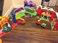 Fisher price little people farm/house/circus