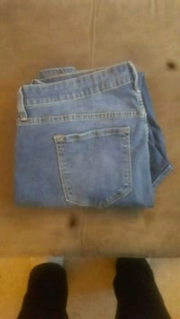 Old Navy jeans, size 16L Ames, 50010