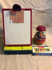 B Easel & Jewelry, and Melissa & Doug Chalk North Las Vegas, 89084