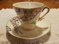 Hand Painted Pink Floral Victoria Cartwright & Edwards (C & E) Tea Cup Set From 1912-1955 For Sale! 724 km