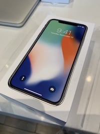 2 iPhone x silver 64gb unlock. $450 for 1 $700 for 2 Calgary