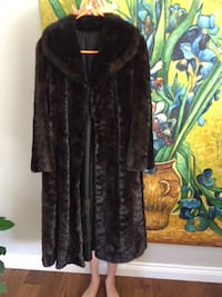 Ladies Size L brown mink coat Burlington