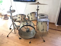 gray and black drum set Springfield, 22153