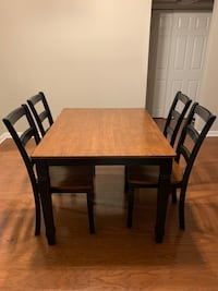 Dining table Charlotte, 28202