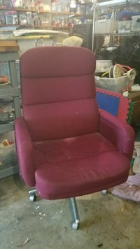 red leather rolling armchair Spring, 77373