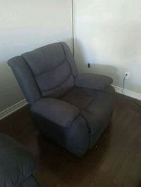 3 pcs recliner chairs mint 900 obo Caledon, L7C 3N7