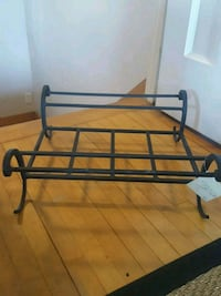 Brand new Pottery barn log rack in wrought iron Montréal-Ouest, H4X 2G3