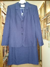 Professional Woman's Business Suit (Purple) like new