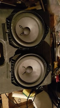 2 BOSE drivers for a GMC with factory Shawnigan Lake, V0R 2W5