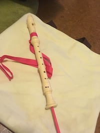 Recorder with cleaning rod and neck strap Calgary, T2Y 4J7