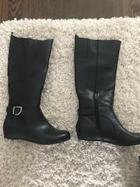 Brand new never worn boots size 6