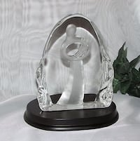 Mother Baby large glass crystal glass Figurine Madonna Jesus Religion Mississauga, L4X 1S2
