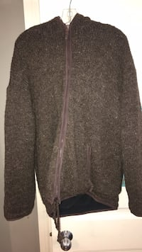 brown and gray knit sweater Edmonton, T6T 0J7